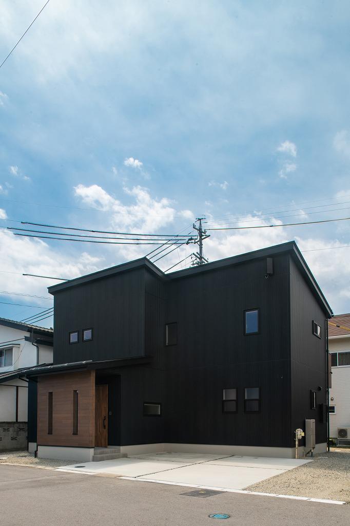 「CRIB」のお住まい 長野市篠ノ井小森